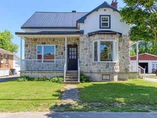 House for sale in Sainte-Anne-de-la-Pérade, Mauricie, 181, Rue  Monseigneur-Laflèche, 28343483 - Centris.ca
