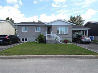 Duplex à vendre à Val-d'Or, Abitibi-Témiscamingue, 325Z - 327Z, Rue  Goulet, 18303735 - Centris.ca