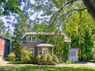 Maison à vendre à Sainte-Anne-de-Bellevue, Montréal (Île), 49, Rue  Perrault, 11612755 - Centris.ca