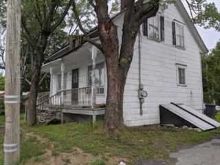 Maison à vendre à Saint-Honoré-de-Shenley, Chaudière-Appalaches, 511, Rue  Principale, 25323653 - Centris.ca