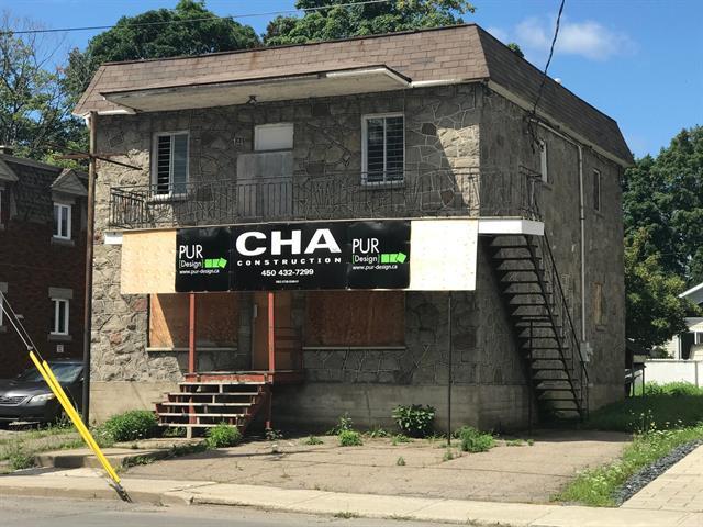 Commercial building for rent in Saint-Jérôme, Laurentides, 84, Rue  De Martigny Ouest, suite A, 17232563 - Centris.ca