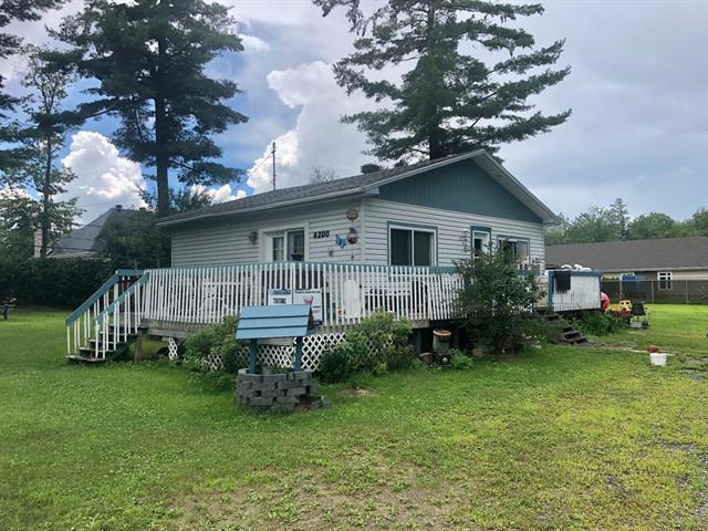 House for sale in Terrebonne (La Plaine), Lanaudière, 6200, boulevard  Laurier, 20534618 - Centris.ca