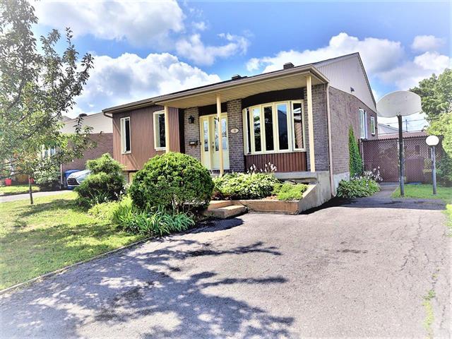 House for sale in Saint-Basile-le-Grand, Montérégie, 39, Rue  Latour, 26564154 - Centris.ca