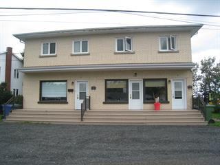 Triplex à vendre à Matane, Bas-Saint-Laurent, 28, Côte  Saint-Paul, 16193007 - Centris.ca
