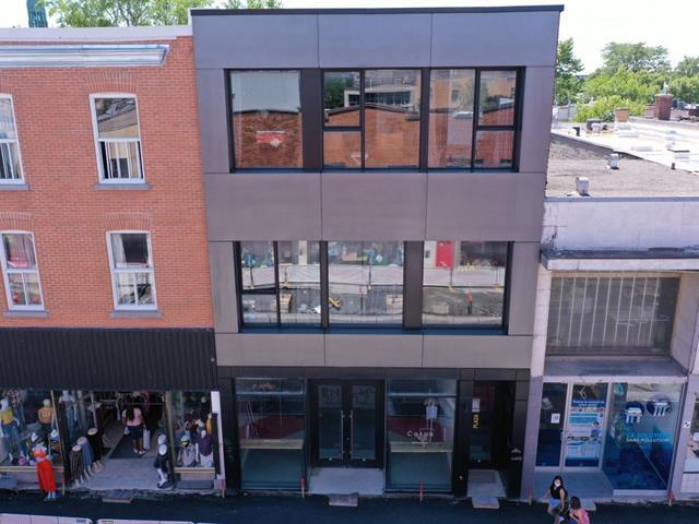 Local commercial à louer à Montréal (Rosemont/La Petite-Patrie), Montréal (Île), 6596, Rue  Saint-Hubert, 10158849 - Centris.ca