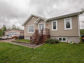 Maison à vendre à Senneterre - Ville, Abitibi-Témiscamingue, 200, Place  Mailhot, 21435329 - Centris.ca