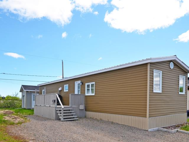Mobile home for sale in Port-Cartier, Côte-Nord, 8, Rue  Simard, 20197611 - Centris.ca
