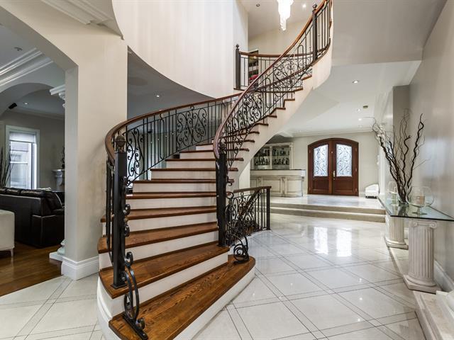 House for sale in Côte-Saint-Luc, Montréal (Island), 5914, Avenue  Beethoven, 16292843 - Centris.ca
