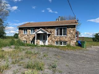 Maison à vendre à Saint-Roch-de-l'Achigan, Lanaudière, 38, Rue  France, 23184813 - Centris.ca