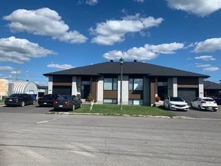Duplex à vendre à Mirabel, Laurentides, 9175Z - 9177Z, Rue  Desvoyaux, 11752431 - Centris.ca