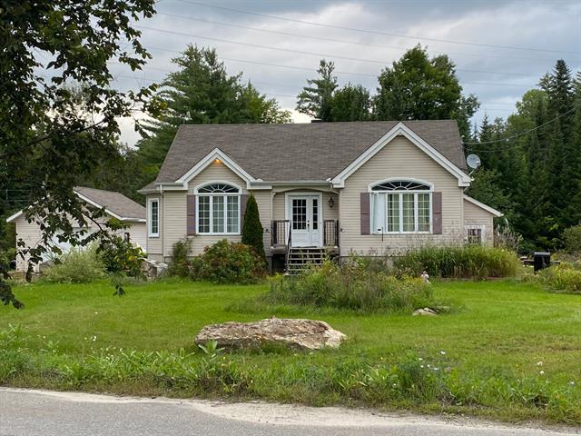 Duplex à vendre à Val-des-Monts, Outaouais, 53, Rue  Mitchell, 28390792 - Centris.ca