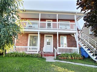 Triplex à vendre à Deschaillons-sur-Saint-Laurent, Centre-du-Québec, 840 - 844, Route  Marie-Victorin, 25429365 - Centris.ca