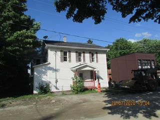 Duplex for sale in Saint-Pierre-Baptiste, Centre-du-Québec, 1010, Rue  Principale, 27598398 - Centris.ca