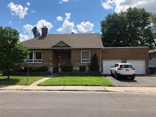 Maison à vendre à Longueuil (Greenfield Park), Montérégie, 727, Rue  Parker, 24653860 - Centris.ca