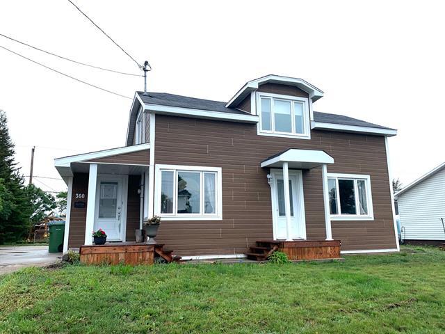 Maison à vendre à Sept-Îles, Côte-Nord, 360, Avenue  Cartier, 13089153 - Centris.ca