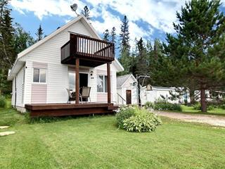 Cottage for sale in Saint-Stanislas (Saguenay/Lac-Saint-Jean), Saguenay/Lac-Saint-Jean, 24, Chemin  Pilote, 15743832 - Centris.ca