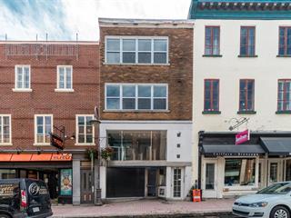 Immeuble à revenus à vendre à Québec (La Cité-Limoilou), Capitale-Nationale, 827 - 833, Rue  Saint-Jean, 15643539 - Centris.ca