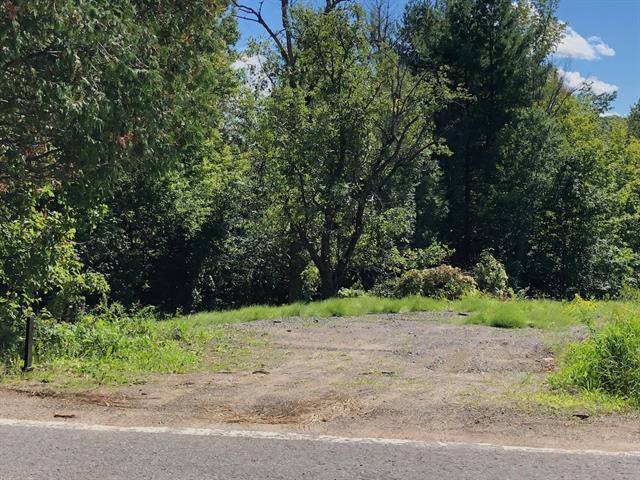 Lot for sale in Piedmont, Laurentides, 654, Chemin de la Rivière, 11010193 - Centris.ca