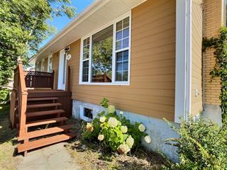 Maison à vendre à Baie-Comeau, Côte-Nord, 38, Avenue  De Maisonneuve, 9172365 - Centris.ca