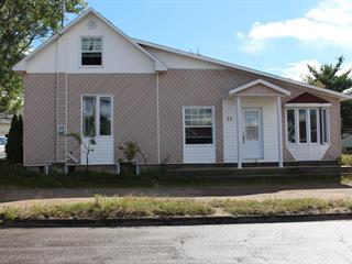House for sale in Forestville, Côte-Nord, 27, Rue  Verreault, 26153915 - Centris.ca