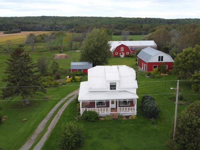 Fermette à vendre à Saint-Bruno-de-Guigues, Abitibi-Témiscamingue, 1129, Chemin des 2e-et-3e-Rangs, 25023905 - Centris.ca