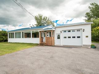 Duplex à vendre à Saint-Paul-de-l'Île-aux-Noix, Montérégie, 1334Z, Rue  Principale, 12224103 - Centris.ca