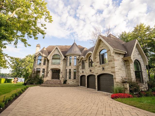 Maison à vendre à Laval (Sainte-Dorothée), Laval, 680, Rue  Caumartin, 24551462 - Centris.ca