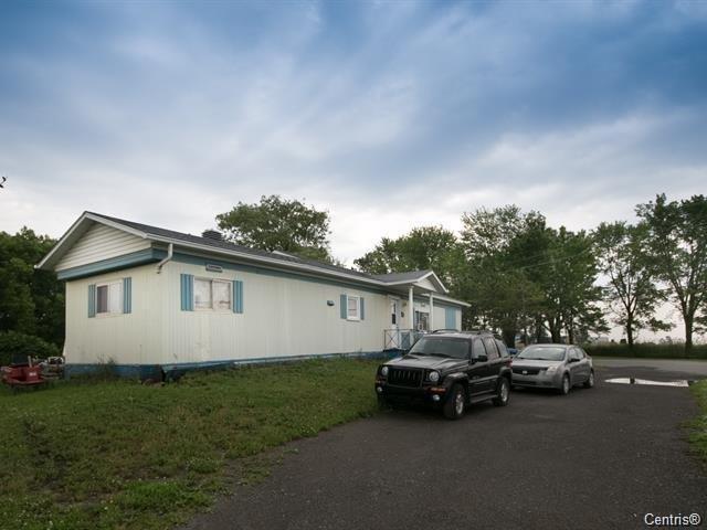 Maison mobile à vendre à L'Épiphanie, Lanaudière, 608, Chemin  Seigneurial, 15714006 - Centris.ca
