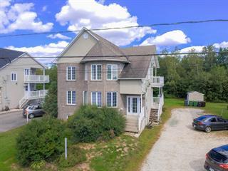 Triplex à vendre à Sherbrooke (Brompton/Rock Forest/Saint-Élie/Deauville), Estrie, 897, Rue  Henri-IV, 17185777 - Centris.ca