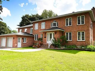 Maison à vendre à Baie-d'Urfé, Montréal (Île), 206, Rue  Calais, 19572723 - Centris.ca