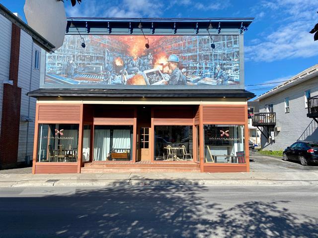 Bâtisse commerciale à vendre à Mont-Joli, Bas-Saint-Laurent, 1521, boulevard  Jacques-Cartier, 17572594 - Centris.ca