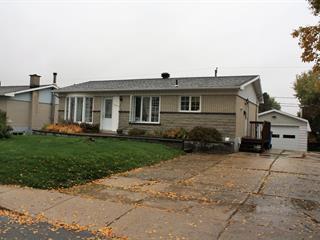 Maison à vendre à Baie-Comeau, Côte-Nord, 1013, Rue  Henri, 12121032 - Centris.ca