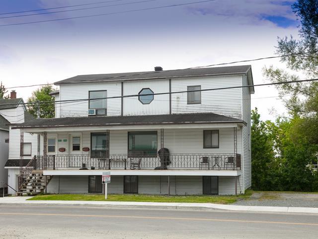 Duplex à vendre à Lawrenceville, Estrie, 2030 - 2032, Rue  Dandenault, 22074652 - Centris.ca