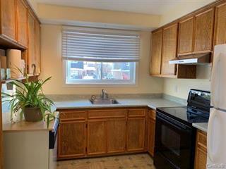 Condo / Appartement à louer à Kirkland, Montréal (Île), 16772, boulevard  Hymus, 27360028 - Centris.ca