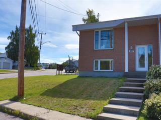 Maison à vendre à Baie-Comeau, Côte-Nord, 372, boulevard  Arthur-Schmon, 27551543 - Centris.ca