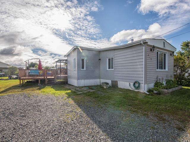 Maison mobile à vendre à Val-d'Or, Abitibi-Témiscamingue, 140, Rue des Bosquets, 12794940 - Centris.ca