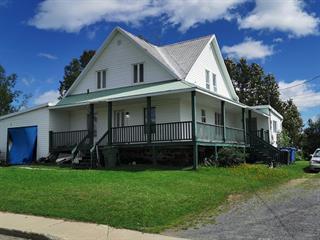 Duplex à vendre à Saint-Tite-des-Caps, Capitale-Nationale, 343, Avenue  Royale, 11909573 - Centris.ca