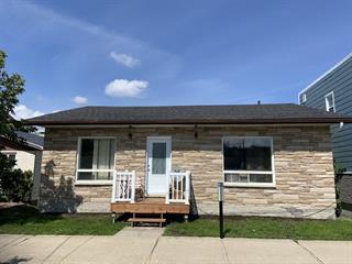 Duplex for sale in Rouyn-Noranda, Abitibi-Témiscamingue, 39, Rue  Monseigneur-Tessier Est, 10983903 - Centris.ca