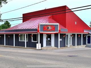 Bâtisse commerciale à vendre à Saint-Gabriel, Lanaudière, 401, Rue  Maskinongé, 20686890 - Centris.ca