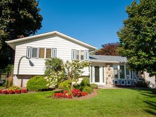 Maison à vendre à Boucherville, Montérégie, 537, Rue  De La Vérendrye, 21132780 - Centris.ca