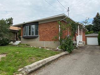 Maison à vendre à Montréal (Ahuntsic-Cartierville), Montréal (Île), 11929, Rue  Guertin, 21060034 - Centris.ca