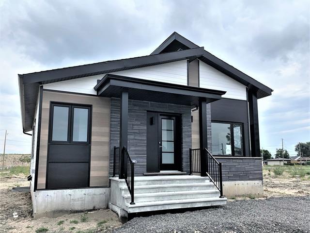 Maison à vendre à Lévis (Desjardins), Chaudière-Appalaches, 3591, Rue  Marie-Carrier, 28266030 - Centris.ca