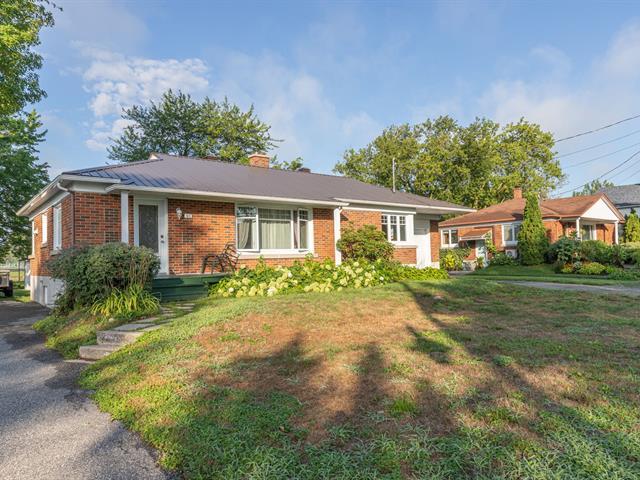 Maison à vendre à Saint-Denis-sur-Richelieu, Montérégie, 180, Route  Yamaska, 13617502 - Centris.ca