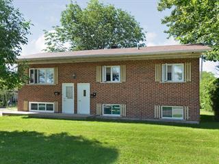 Triplex à vendre à Salaberry-de-Valleyfield, Montérégie, 542 - 542B, Rue  Armand-Frappier, 24118414 - Centris.ca