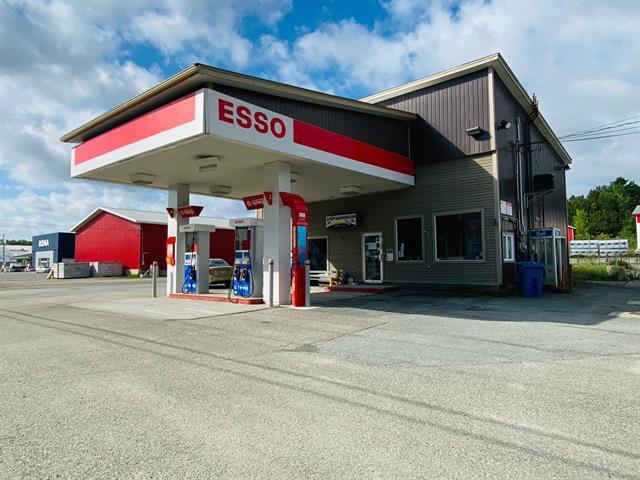 Commercial building for sale in Cookshire-Eaton, Estrie, 900, Rue  Craig Nord, 10505079 - Centris.ca