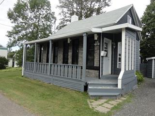 Maison à vendre à Matane, Bas-Saint-Laurent, 28, Rue  Levasseur, 15020885 - Centris.ca