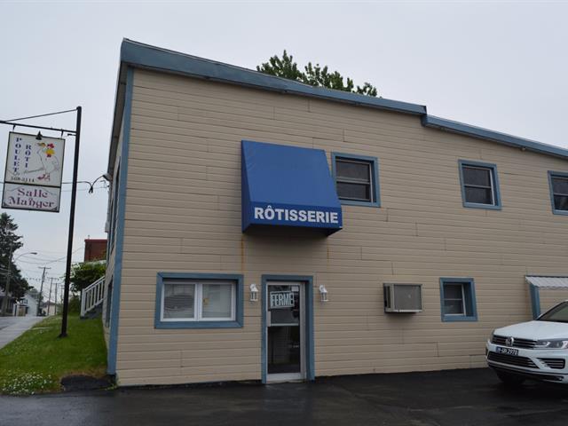 Commercial building for sale in Pierreville, Centre-du-Québec, 74, Rue  Georges, 12103227 - Centris.ca