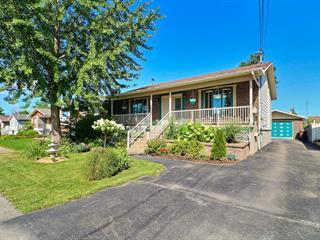 House for sale in Laval (Saint-François), Laval, 8265, Rue  Béatrice, 22918472 - Centris.ca