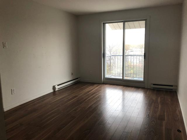 Condo / Apartment for rent in Laval (Saint-Vincent-de-Paul), Laval, 3440, boulevard  Saint-Martin Est, apt. 7, 21611866 - Centris.ca