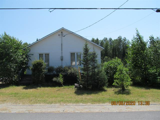 Maison à vendre à Clermont (Abitibi-Témiscamingue), Abitibi-Témiscamingue, 744, Chemin des 4e-et-5e-Rangs Est, 28337663 - Centris.ca